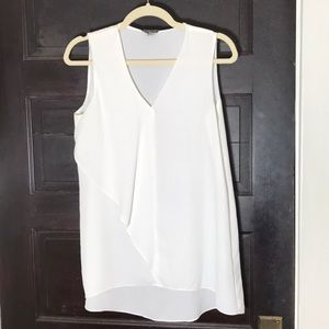 SALE💙 Vince Camuto White sleeveless blouse S
